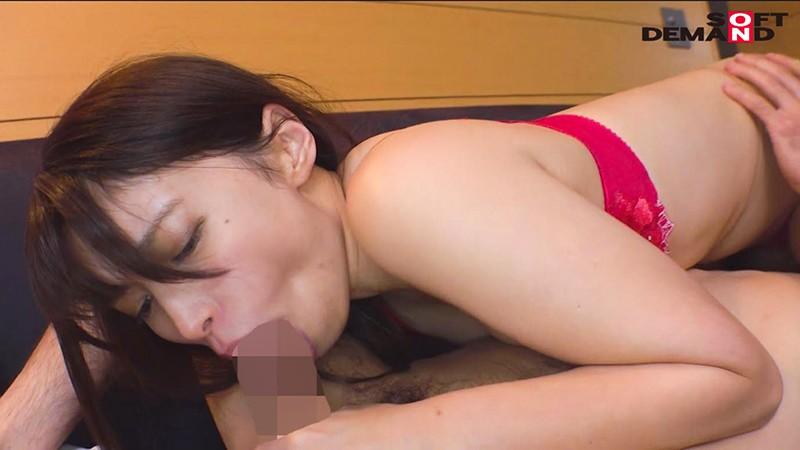 毎日元気いっぱいにお年寄りの世話をする美人ヘルパー 栗田みゆ 28歳 AV DEBUT9