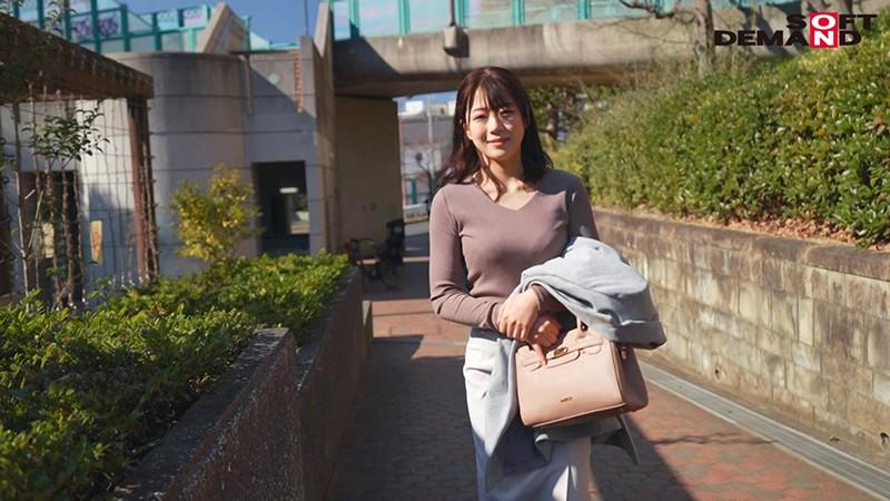 どんなに忙しくても家事と育児は欠かさない子育て奮闘ママ 澤村かんな 24歳 AV DEBUT キャプチャー画像 3枚目