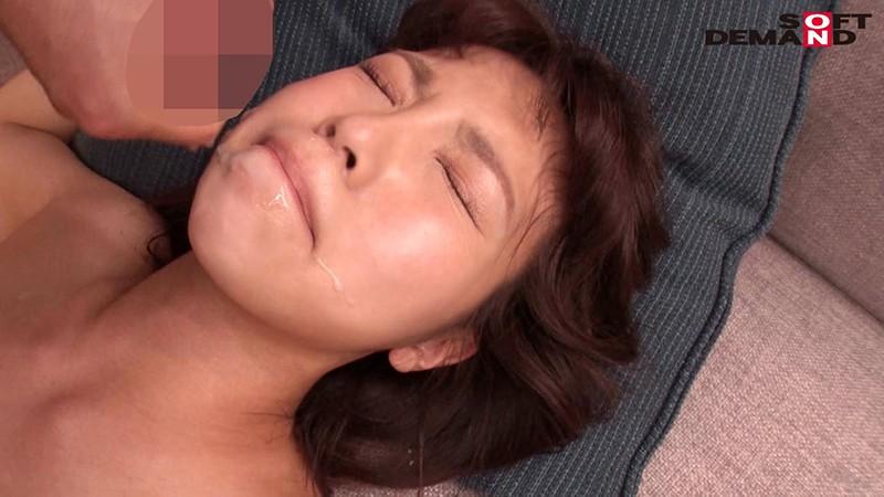 寝取らせ願望のある旦那に従い出演させられた本物シロウト人妻 case3 専業主婦・広瀬麻里 26歳 AVデビュー 東京都多摩市在住 主人のためにネトラレます 画像18