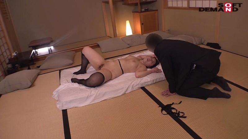 寝取らせ願望のある旦那に従い出演させられた本物シロウト人妻 case10 専業主婦・山田可奈子(仮名)33歳 東京都江東区在住 輪姦中出し了承 主人のためにネトラレます 19枚目