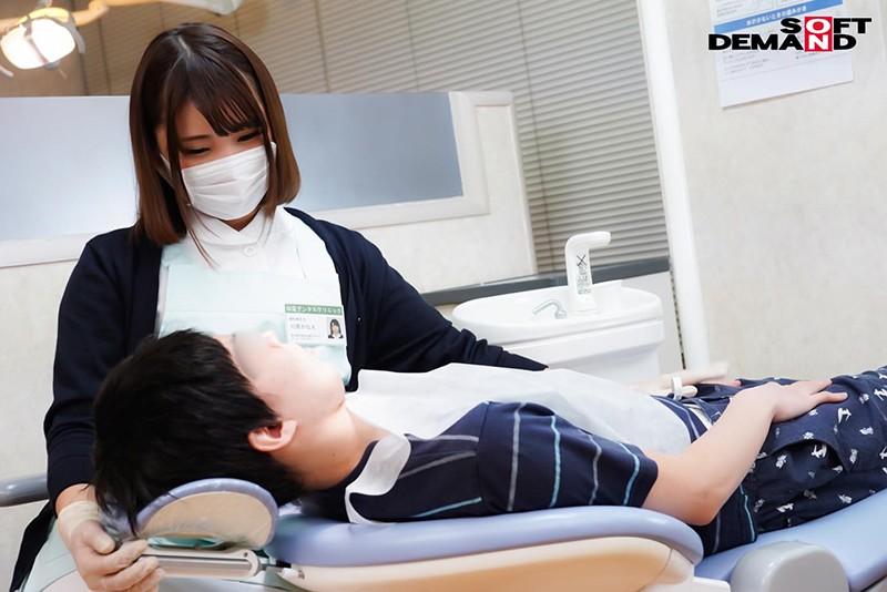 ショタ歯科クリニック 関西弁の献身的な巨乳歯科助手川原さん 川原かなえ 1枚目