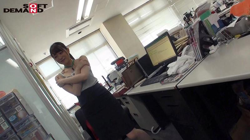 SOD女子社員 野球拳 休日出勤中の女子社員に突撃! 総務部 小松みき 2枚目