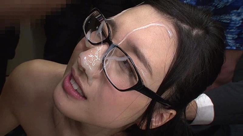 スレンダーなメガネの痴女OL、古川いおりの顔射乱交ぶっかけ無料H動画。【古川いおり動画】