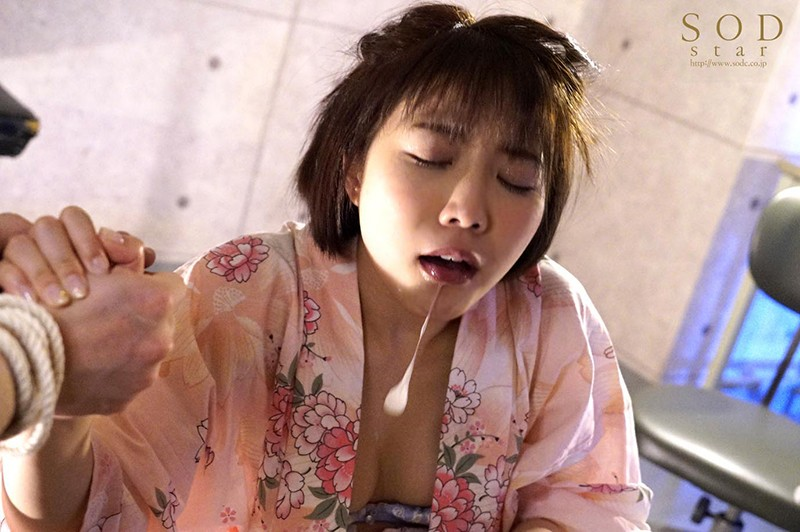戸田真琴 手をぎゅっと握り目をじっと見つめながら彼女が犯されるのをただ傍観するしかなかった惨めなボク キャプチャー画像 20枚目