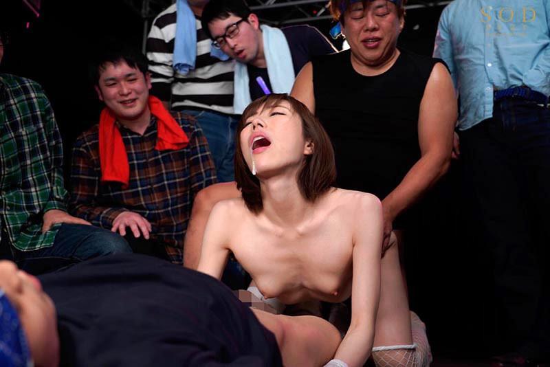 芸能人 七海ティナ 初BEST 14SEX8時間