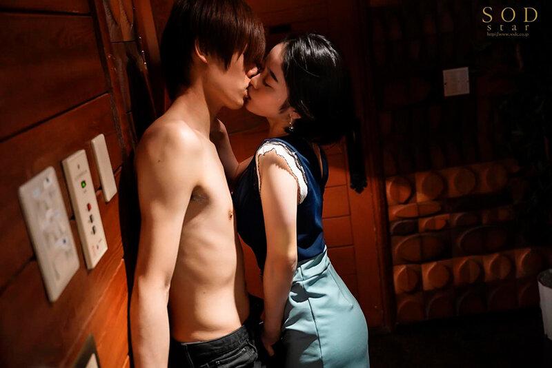 恍惚。「快楽に溺れたい」MINAMO 超大型新人【圧倒的4K映像でヌク!】 画像6