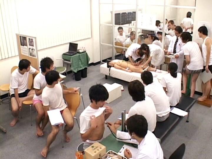 羞恥!青少年発育身体測定 III 無料エロ画像14