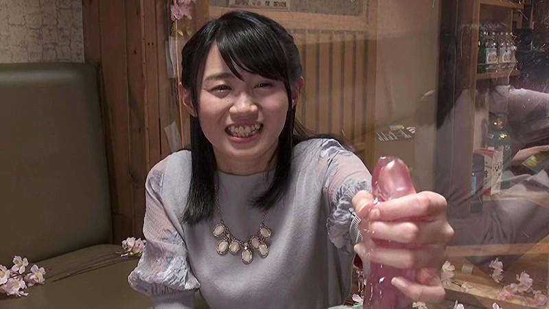 スレンダーなパンスト姿のお姉さん素人の、バイブ潮吹きパンチラ無料動画。【羞恥、絶頂動画】