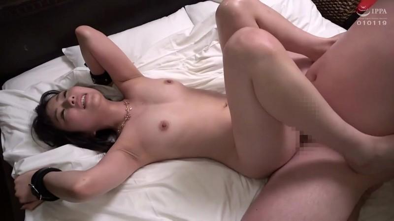SNSで見つけた素人巨乳娘に膣奥までデカチンで激ピス!初めてのポルチオイキに鬼潮撒き散らしエビ反り絶頂するドM敏感娘。 20枚目