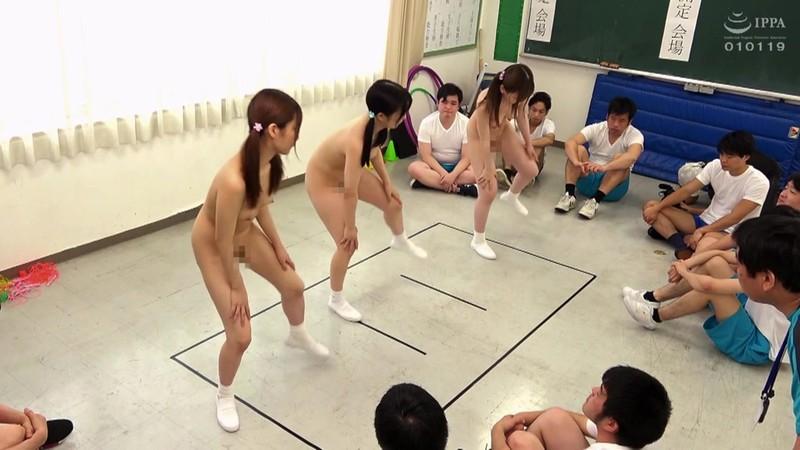 羞恥!青少年男女混合全裸体力測定2020|無料エロ画像7
