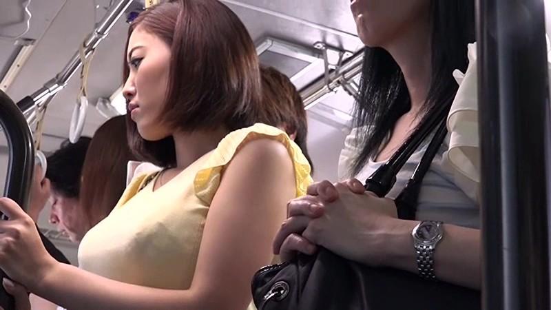 電車にて、巨乳でパンスト姿のOL、水野朝陽の痴漢無料動画!【水野朝陽動画】