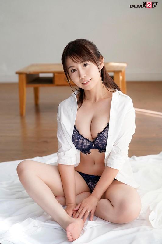 寝ている隙にコッソリと… 坂下真希(39)
