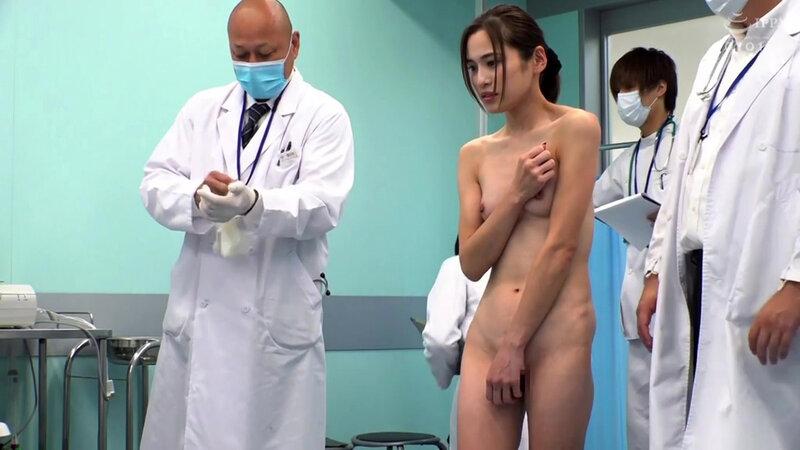 羞恥!新卒看護師着任前健康診断~神咲まい編~