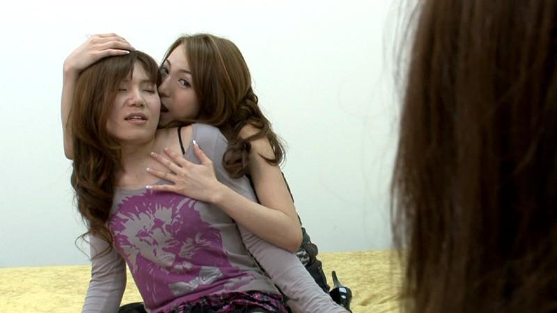 女と女とニューハーフ 無料エロ画像4