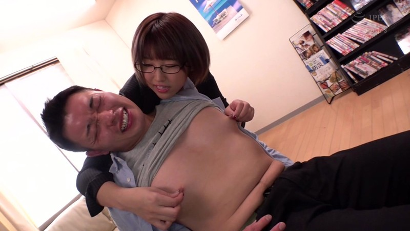 今日これから…君の乳首、犯しにイクね 松本菜奈実 4枚目