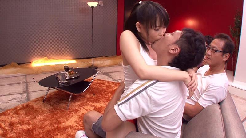 こんな女に挟射したい 谷間マ●コにそのまま中出し 吉永あかね