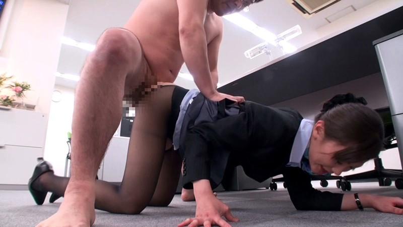 青木美空とオフィスでバック挿入