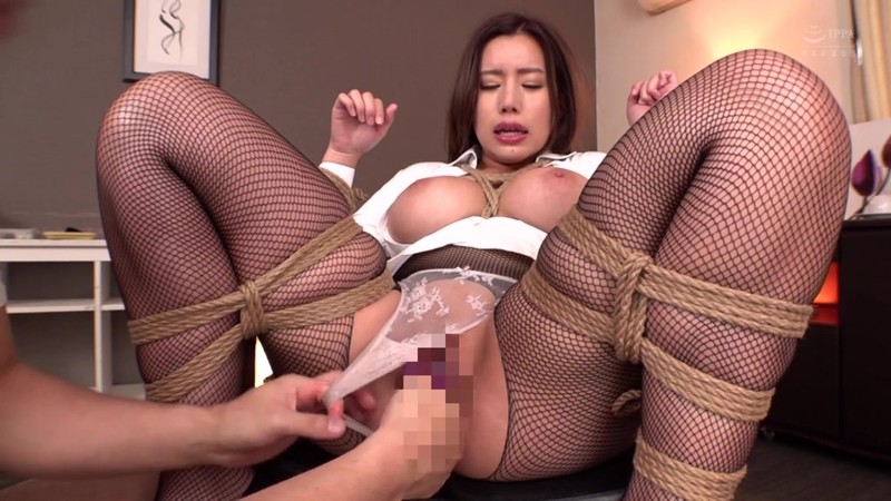女医in...(脅迫スイートルーム) 永井マリア 20枚目