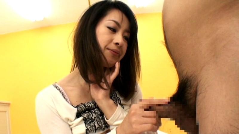 人妻の裏バイト 面接即フェラ!!即抜き!! 画像16