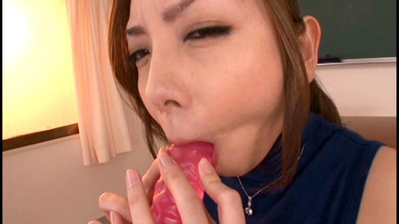 粘着おしゃぶり汁好き痴女 美麗お姉さんは喉奥で感じながらシャブり飲むのがお好き 水沢真樹 画像12