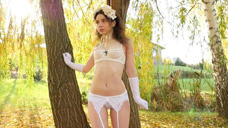 Anna.C 「TOKYODOLL 白人美少女のグラビア」 サンプル画像 5