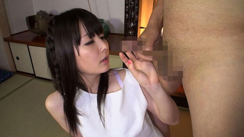 素人妻センズリ鑑賞 セックスレスな若妻にギンギンの勃起チ○ポを見せたら興奮しちゃったみたいで色々とスケベなコトさせてくれました!! 美女厳選5時間コレクション