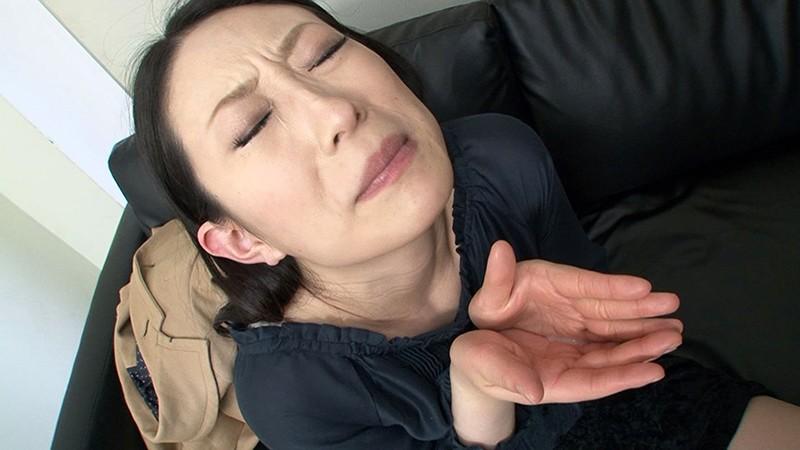 素人女性アルバイト ザーメンごっくんフェラチオ 精飲初体験17名 画像11