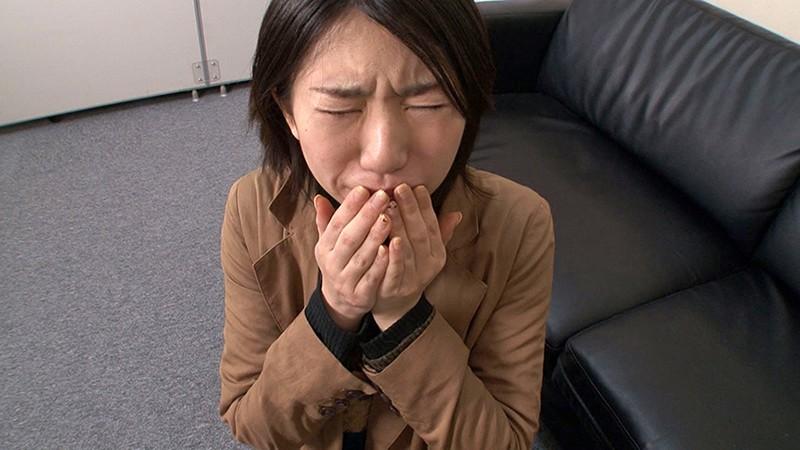 素人女性アルバイト ザーメンごっくんフェラチオ 精飲初体験17名 画像4