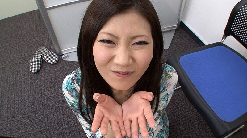 素人女性アルバイト ザーメンごっくんフェラチオ 精飲初体験17名 画像7