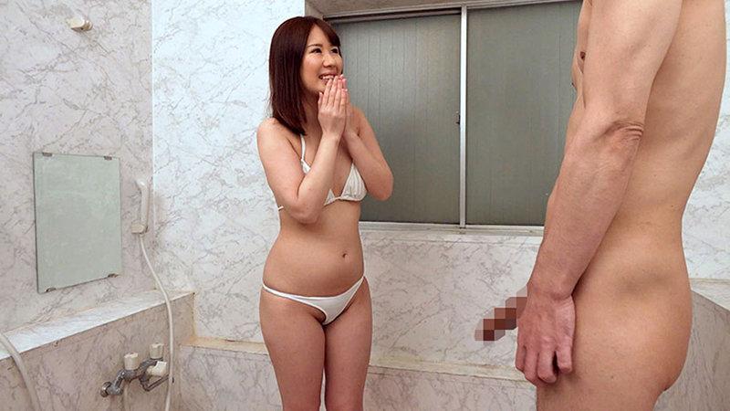 人妻ナンパ 「チ○ポを洗う」だけのちょっとしたアルバイトのつもりだったのに… カッチカチになったデカチンに欲情して生中出しセックスまでしちゃいました 1 画像8