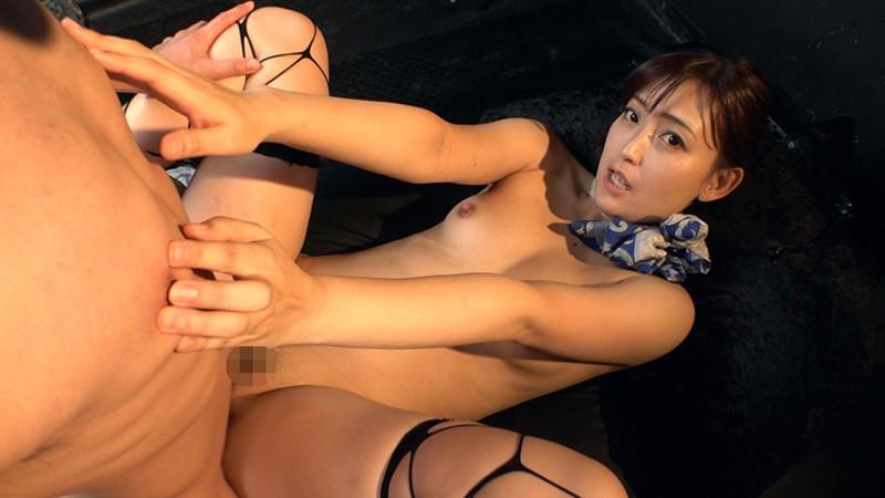 並木塔子が正常位で乳首責め