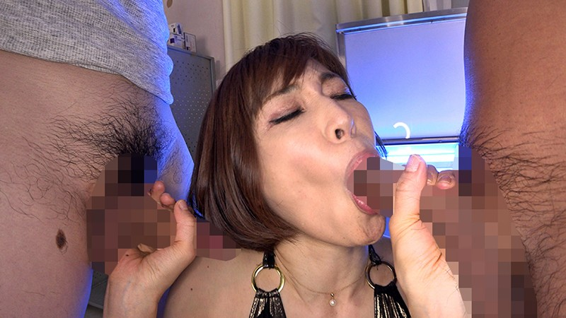 長〜いエロ舌フェラ ベストセレクション チン舐め大好き美女11人 5時間 画像9