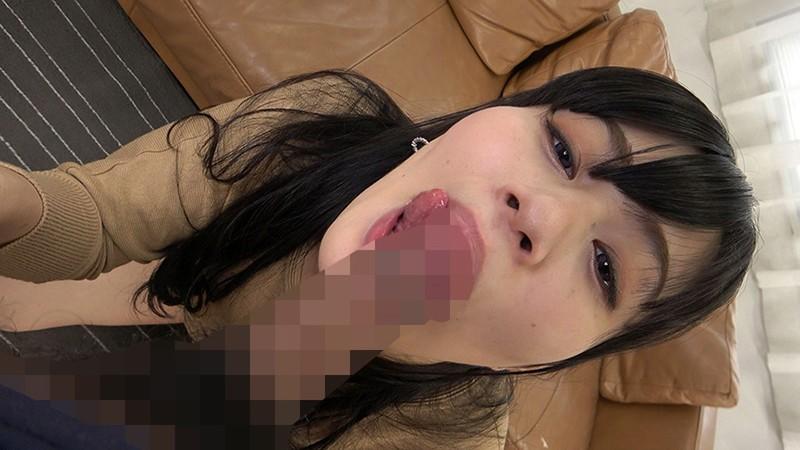 フェラチオのお仕事にやってきた素人娘に予告なしの突然口内発射 26