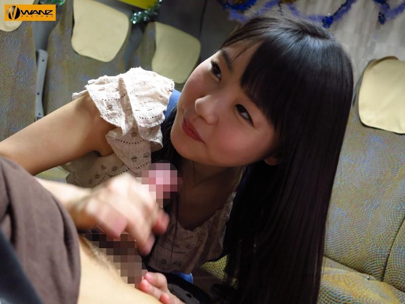 【女子校生 中出し】ロリで貧乳の素人JKの、中出し手コキプレイエロ動画!!