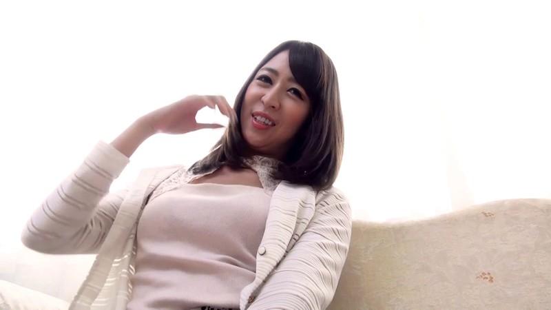 脱がずに魅せる女たちvol.54 奥村美香