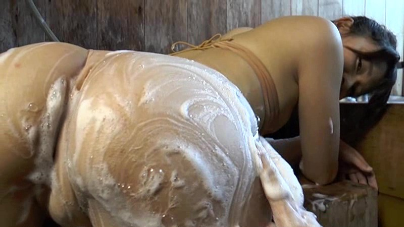 安田優香 「笑顔の女神」 サンプル画像 11