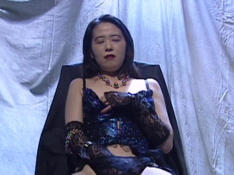 ザ・スキャンダル 日本で一番有名人と寝た女 1