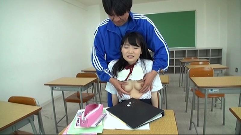 母乳少女 菊池つぼみ 先生…そんなにおっぱい絞らないで下さい 1枚目