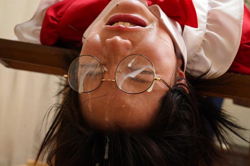 眼鏡ボクっ娘イラマ顔射 初愛ねんね