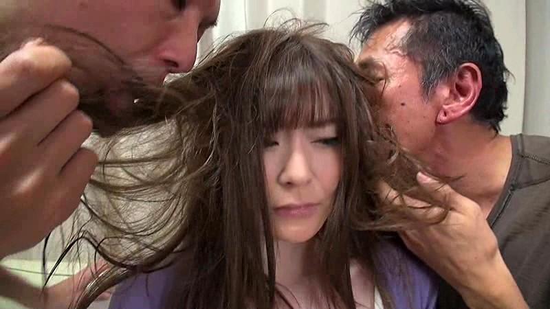 熟女の髪を汚したい 葵 百合香 葵百合香 1枚目