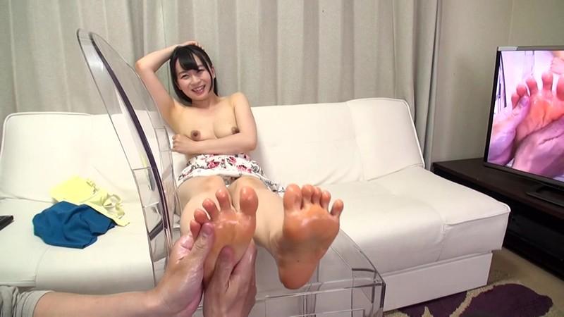 美女の足裏をふやけるまで舐めたい! 羽田 希 11枚目