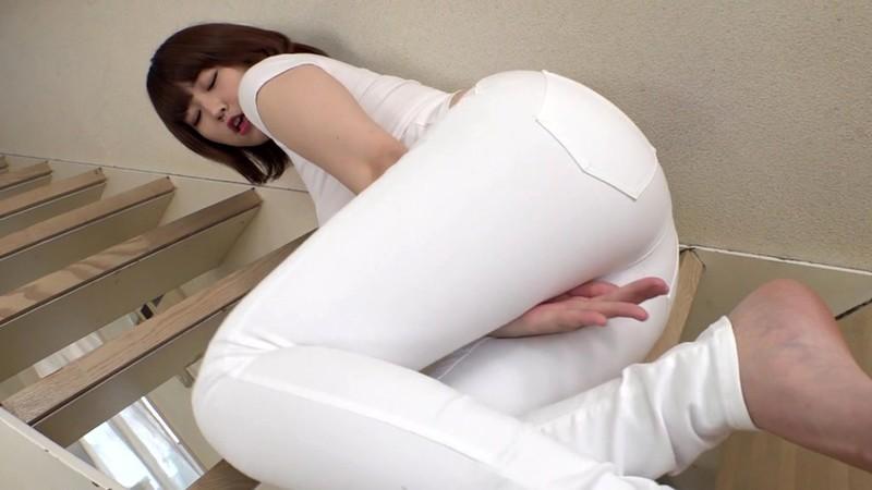 完全着衣 ピタパン尻とムッチリ胸 松本菜奈実 4