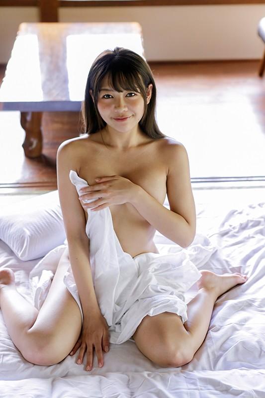 笑顔が可愛いお姉さんの誘惑天国 織田唯愛
