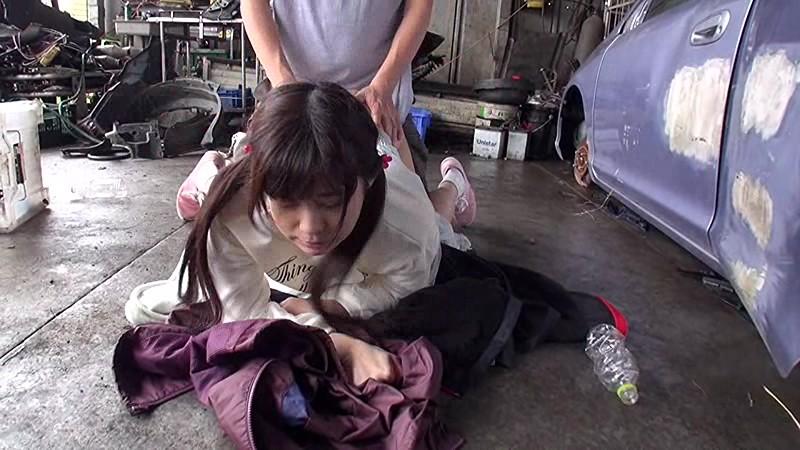 少女野外強●わいせつ映像|無料エロ画像9