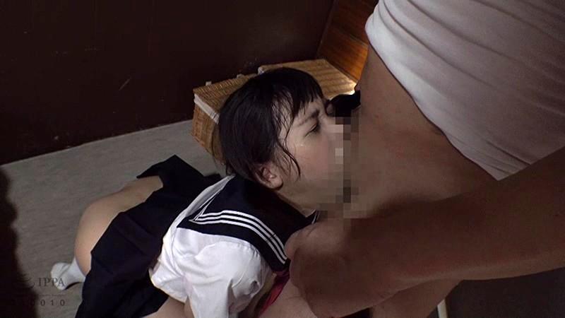 「中だけは…やめて…」父に犯され続ける娘の近親相姦偏愛映像 の画像8