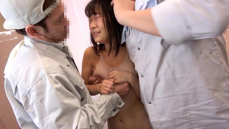 夏休み日焼け美少女公衆トイレ強●映像16
