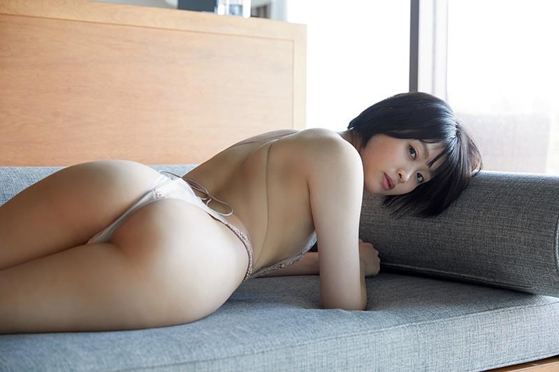 アイドルワン ショートカット 美月絢音