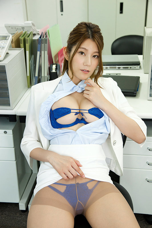 LOVE MOMENT(本編未公開映像) 藤木美咲