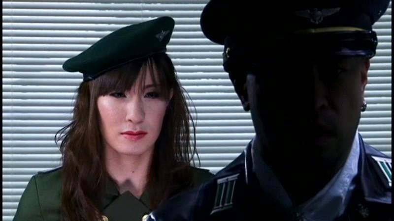 ニューハーフスパイ 間諜X 地獄の陸軍式拷問 天束璃音 画像1