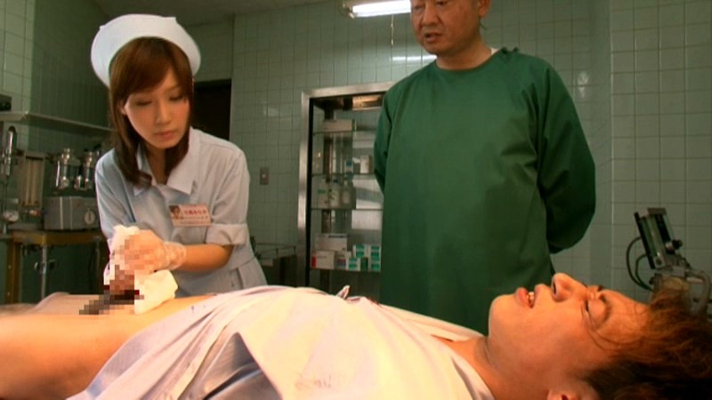 美少女看護婦こじみナース 小島みなみ 画像3